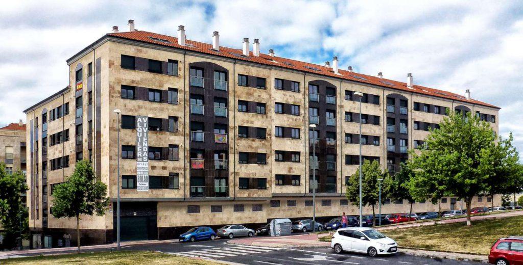 edificio-federico-onis-escaleras-1234-foto-h680